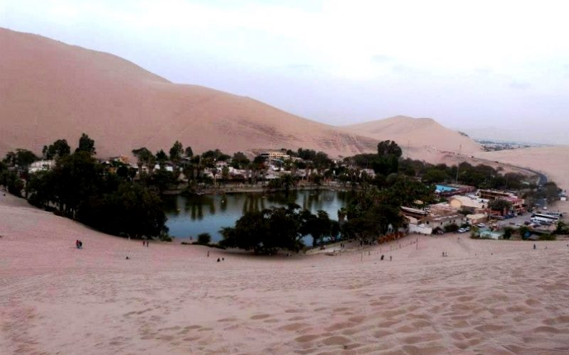 Piesočné duny v Ica a ostrov Ballestas