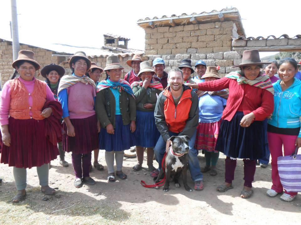 Honza s Tekim s peruánskymi ženami