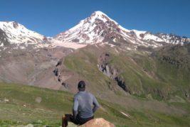 Ľadovec pod Kazbekom a Truso Valley