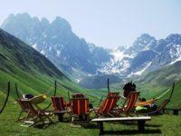 Trek na Chaukhi Pass a cesta do Lagodheki