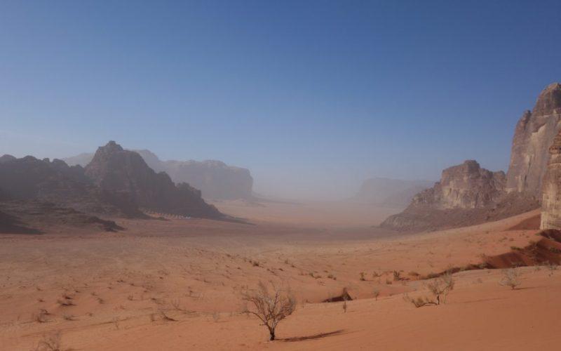 Wadi Rum, mesačná krajina v Jordánsku