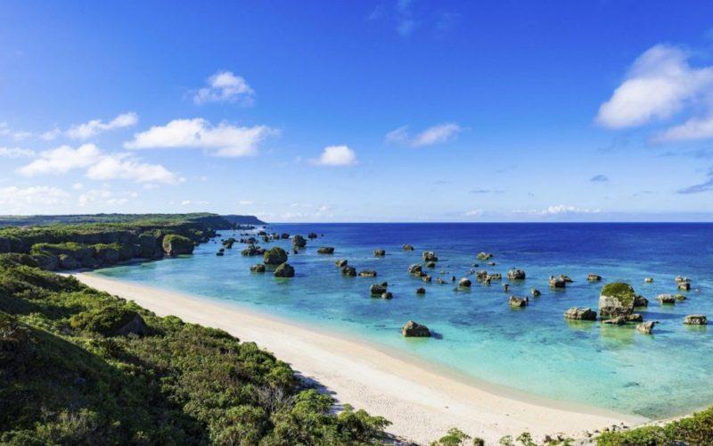 Týždeň na ostrove Okinawa, 1. časť